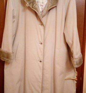 Женское демисезонное пальто, 52 размер