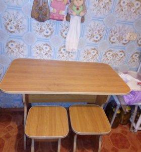 Стол 2 табуретки