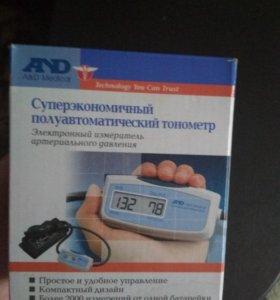 Тонометр полуавтоматический AND UA-604