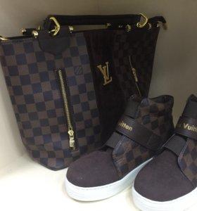 Кроссовки и комплект сумка и обувь