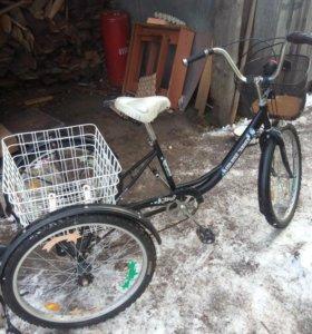 Скоростной трёх колесный велосипед