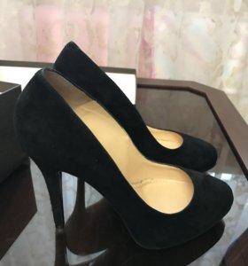 Продам б/у туфли Nando Muzi