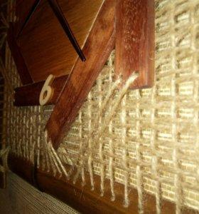 Часы настенные ручной работы из бамбука.
