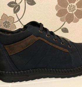 Новые мужские ботинки(зима)