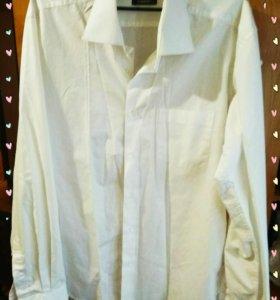 Рубашка мужская, белоснежная