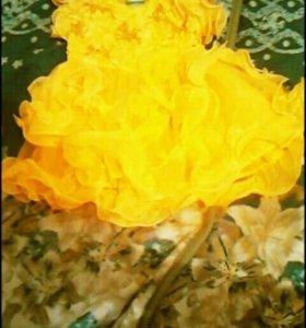 Солнечное ,нарядное платьице на девчушку3-5лет