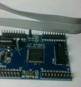 Altera max2 epm240 + USB blaster.