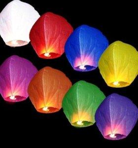 """Небесные фонарики с надписями """"Поздравляем!"""