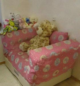 Детский диван (клик-кляк)