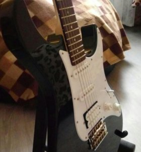 Yamaha Pacifica 012
