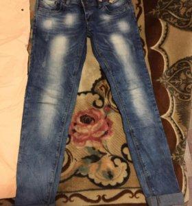 джинсы продам.