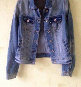 джинсовая куртка 40-42