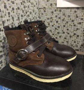 Зимние детские ботинки размер 29