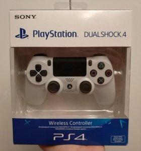DualShock 4 белый для PS4 новый