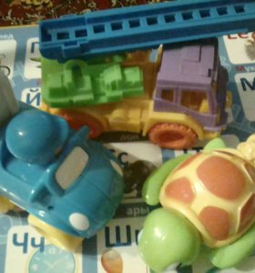 Набор игрушек для самых маленькх