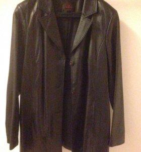 Кожаный пиджак Danier