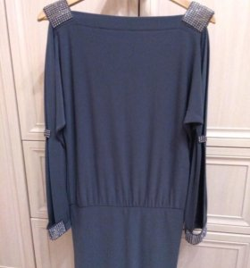 Платье со стразами новое 46р