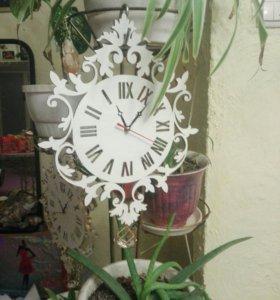 Часы, чайные домики