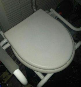 Кресло+унитаз+антипролежный матрас