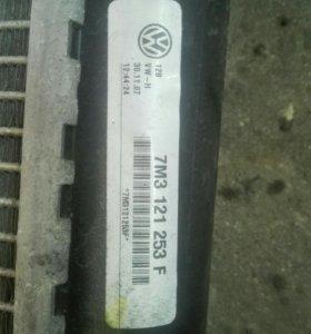 Радиатор на шаран 2,0 дизель