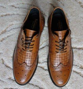 Новые туфли, Италия