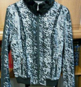 Новая куртка с натуральным мехом 44-46р