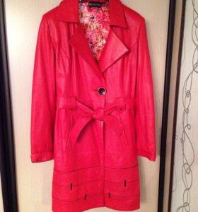 Кожаный плащ/пальто/Куртка