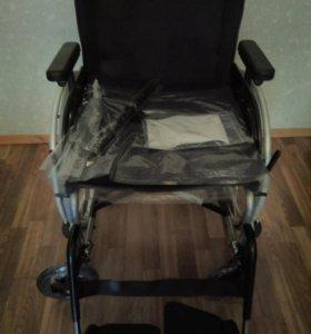 Кресло-коляска для инвалидов nuova blandino(новая)