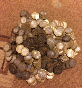 330 юбилейных монет биметалл