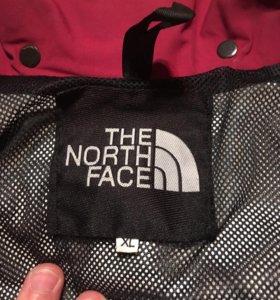 Брендовая куртка The North Face