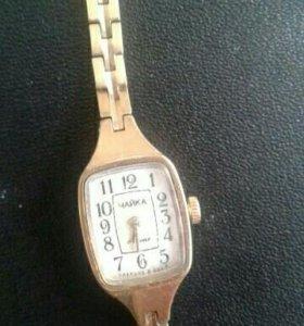 Часы женские Чайка СССР.