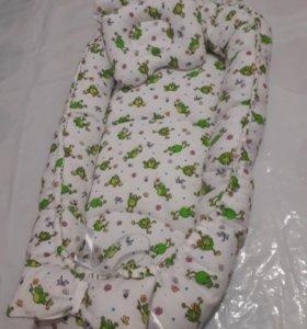 Гнездышко-бортик для малыша.