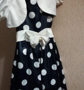 Платье на девочку, нарядное