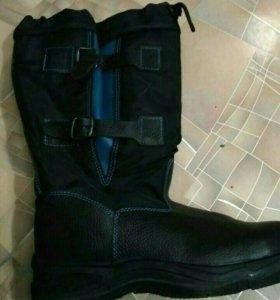 Сапоги (спец обувь)