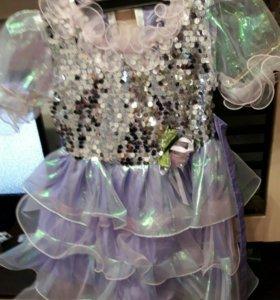 Платье нарядное на6-8 лет