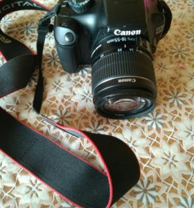 Профессиональный фотоаппарат Canon