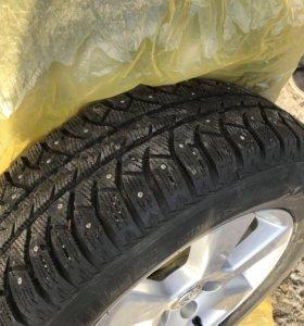 Зимние шипованные колёса Lexus/Toyota