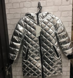 Куртка новая 3 размера /серебро