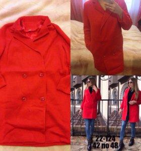 Пальто, новое!