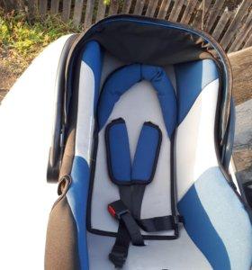 Авто кресло для младенцев