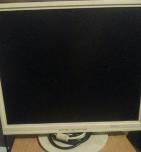 Белый монитор 19 дюймов