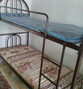 Двух ярустную кровать продам