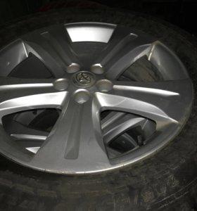Зимние колёса с резиной Toyota Highlander