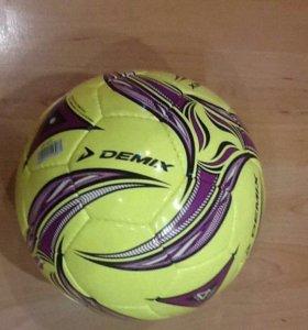 Футбольный мяч миник
