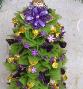 Ёлочка - елка из сизаля и конфет, подарки