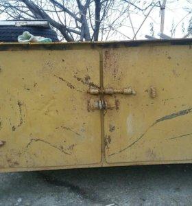Продам железный стол на стройки и для гаража