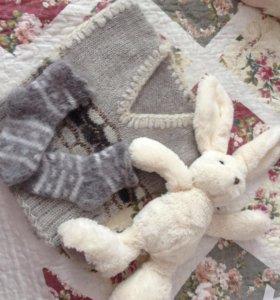 Тёплая жилетка и носочки