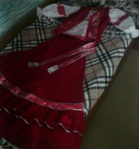 Женский казачий костюм( юбка, блуза, жилет, пояс)