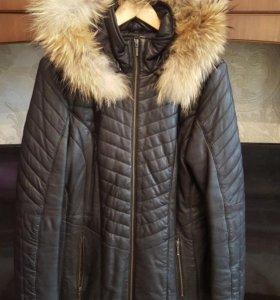 Пальто-пуховик из натуральной кожи