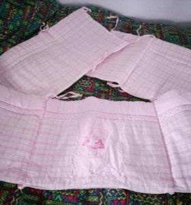 Бортики для детской кроватки розовые в комплекте с